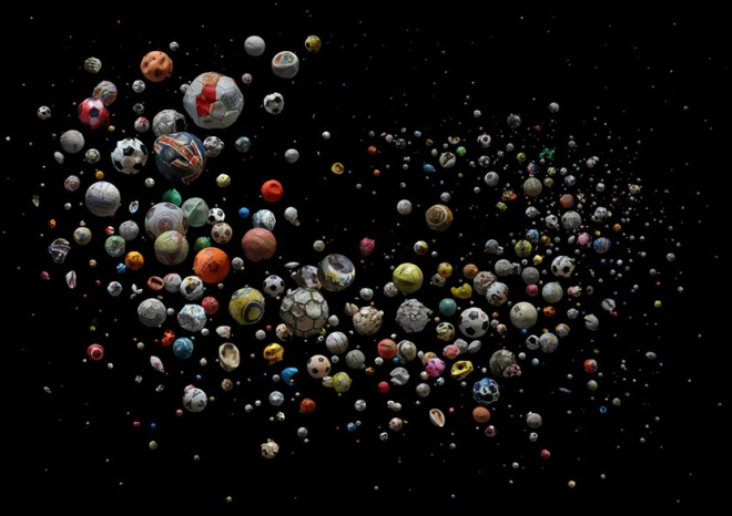 597 marine debris footballs