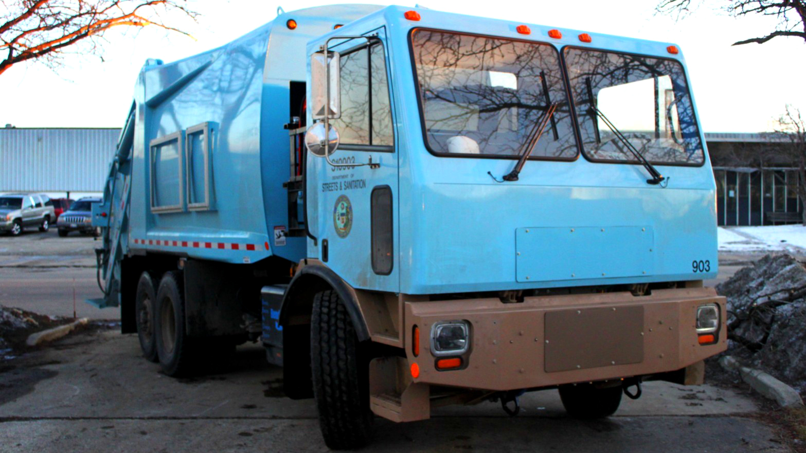 Motiv Power Systems electric garbage truck