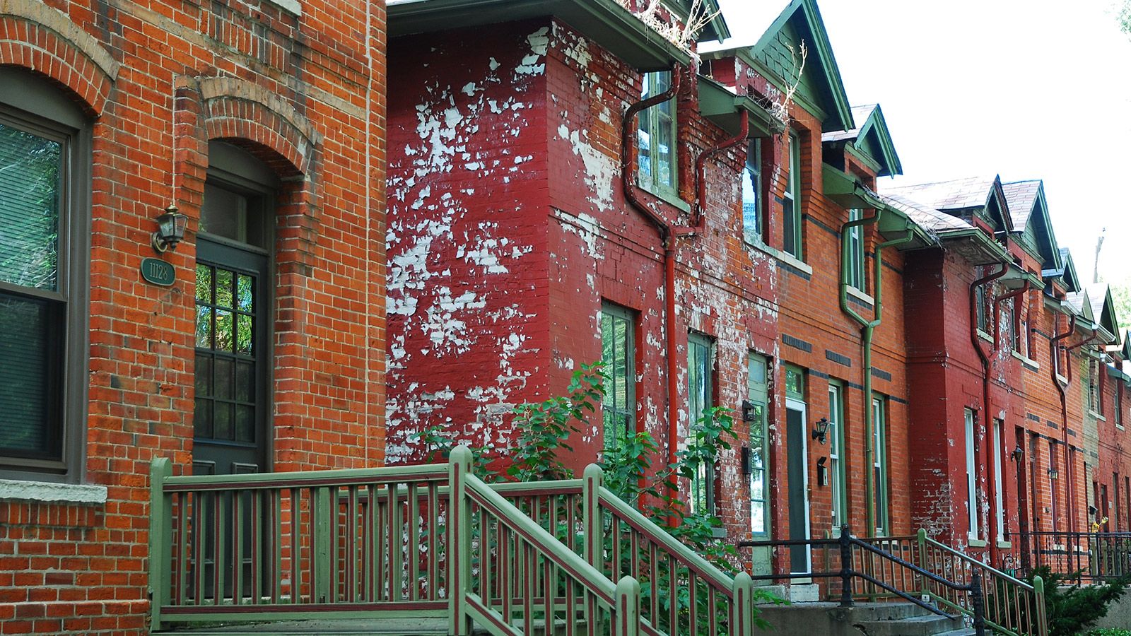 Rowhouses in Pullman, Chicago.