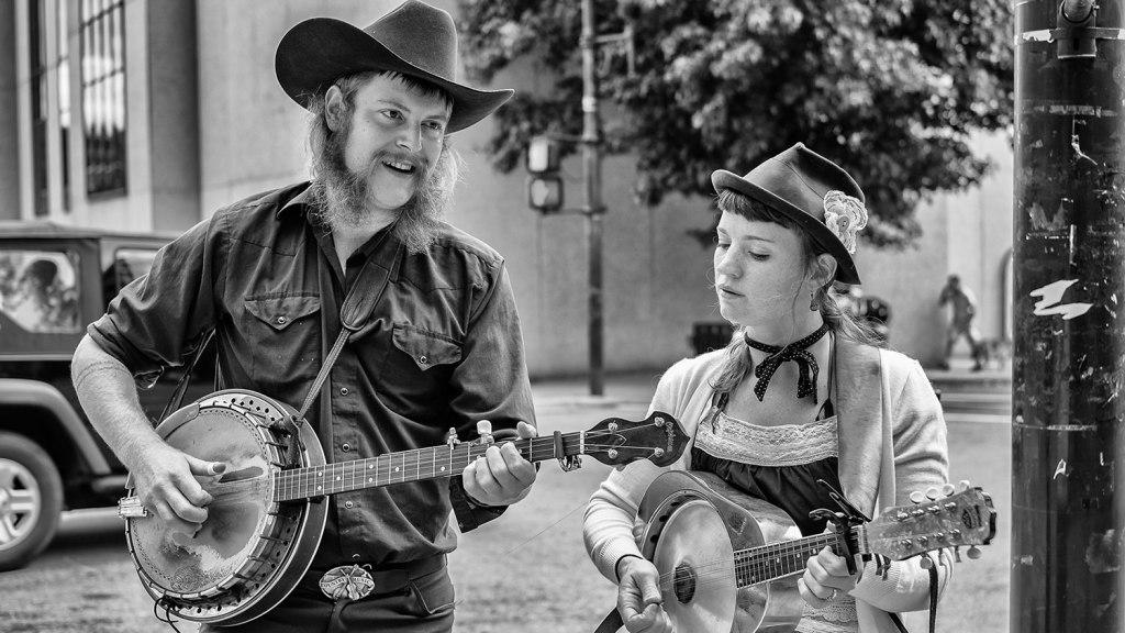 Bluegrass street performers