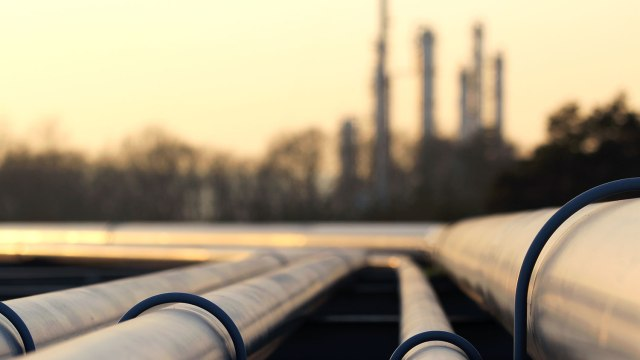 pipelines and refinery