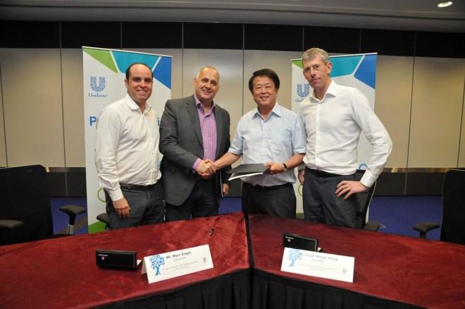 Glenn Hurowitz, Marc Engel, Kuok Khoon Hong, and Scott Poynton (left to right)