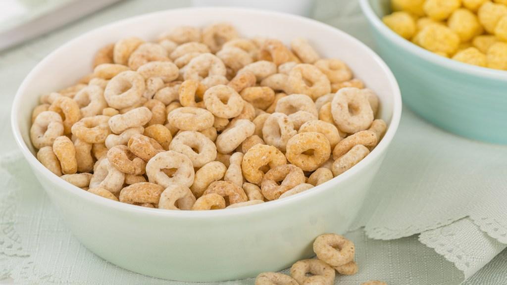 A bowl of cheerios