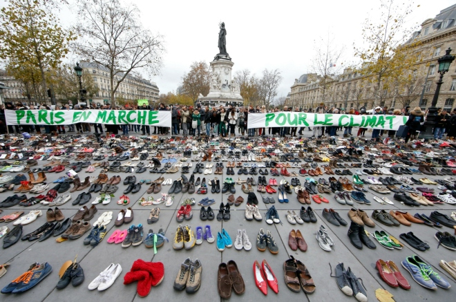 shoe installation in Paris