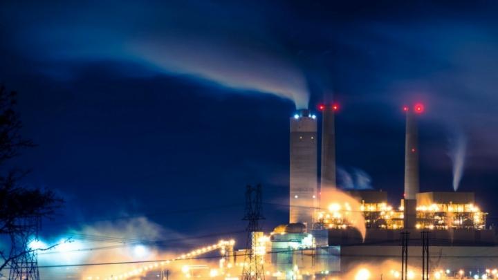 The Centralia Power Plant in Washington burns coal.