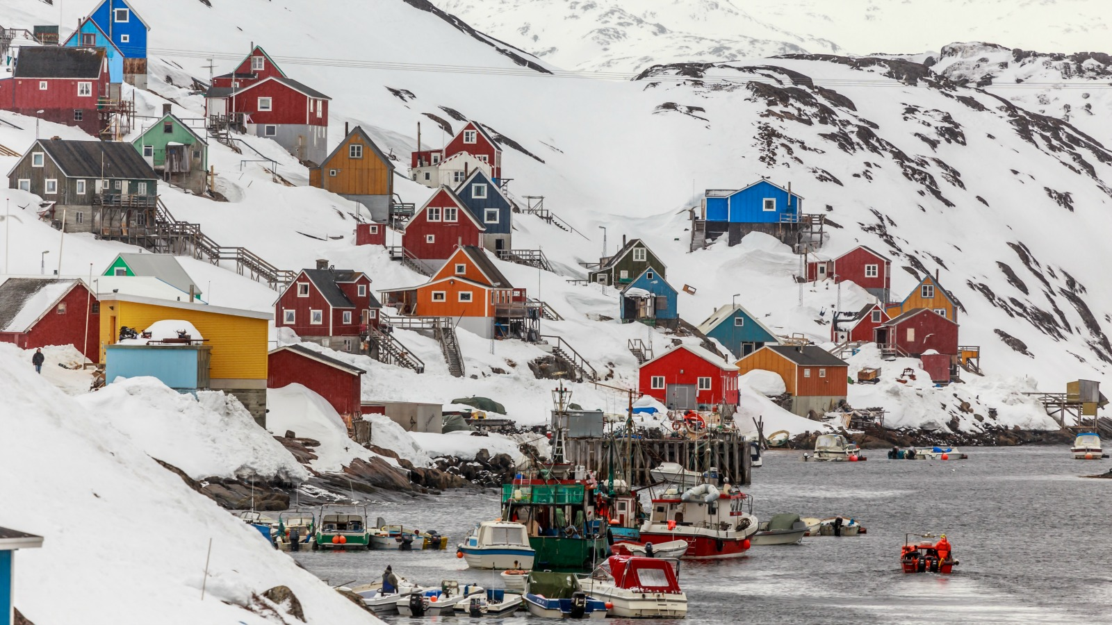 greenland-town-small