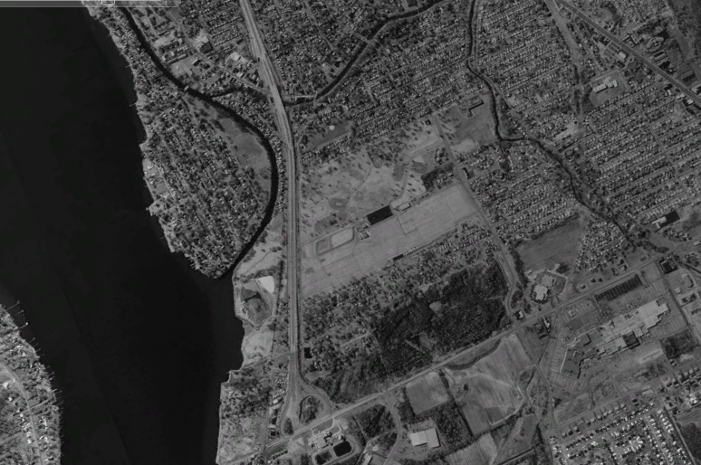 The blank patch in the middle of this 1995 photo is what was Love Canal.