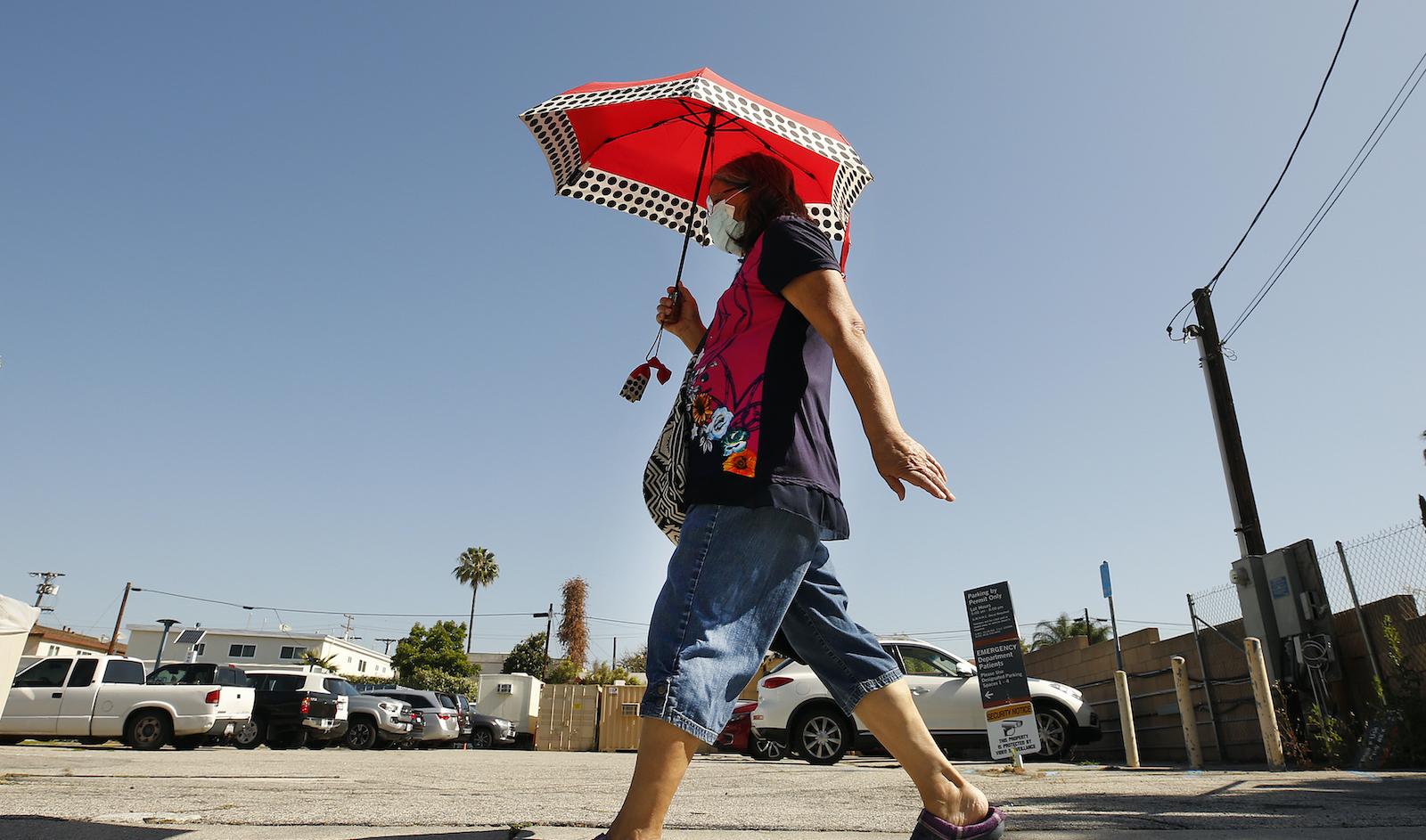 umbrella to hide form the sun in Glendale
