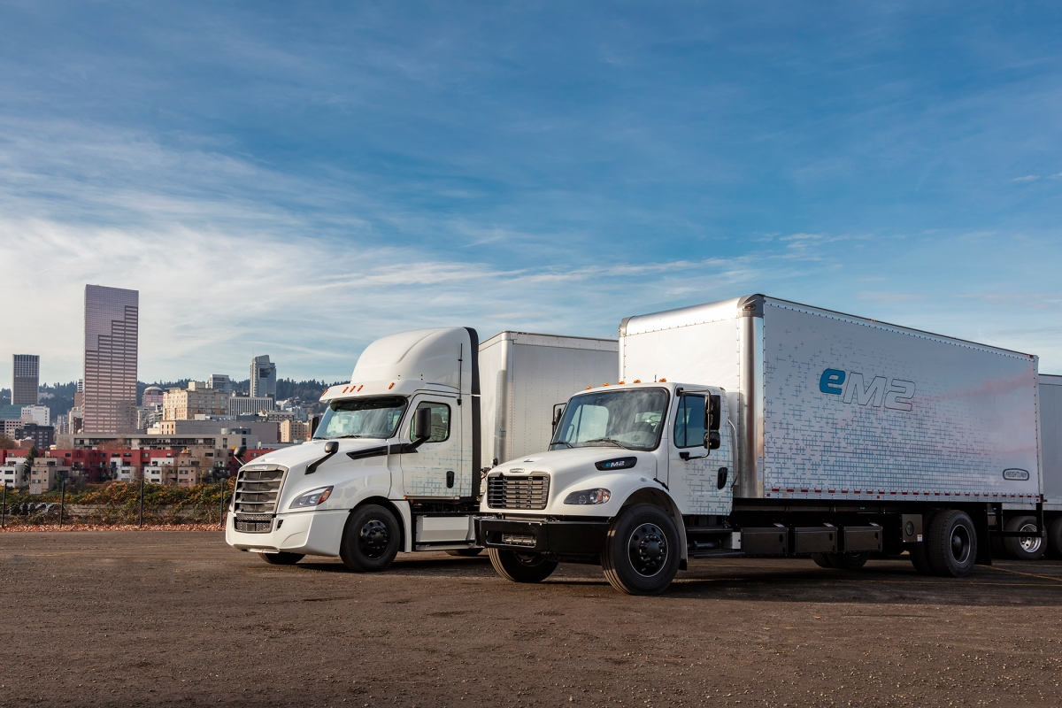 Daimler eCascadia eM2 electric semi trucks