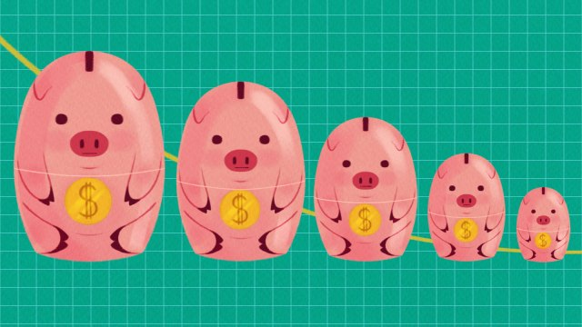 Pig nesting dolls in a line from large to small