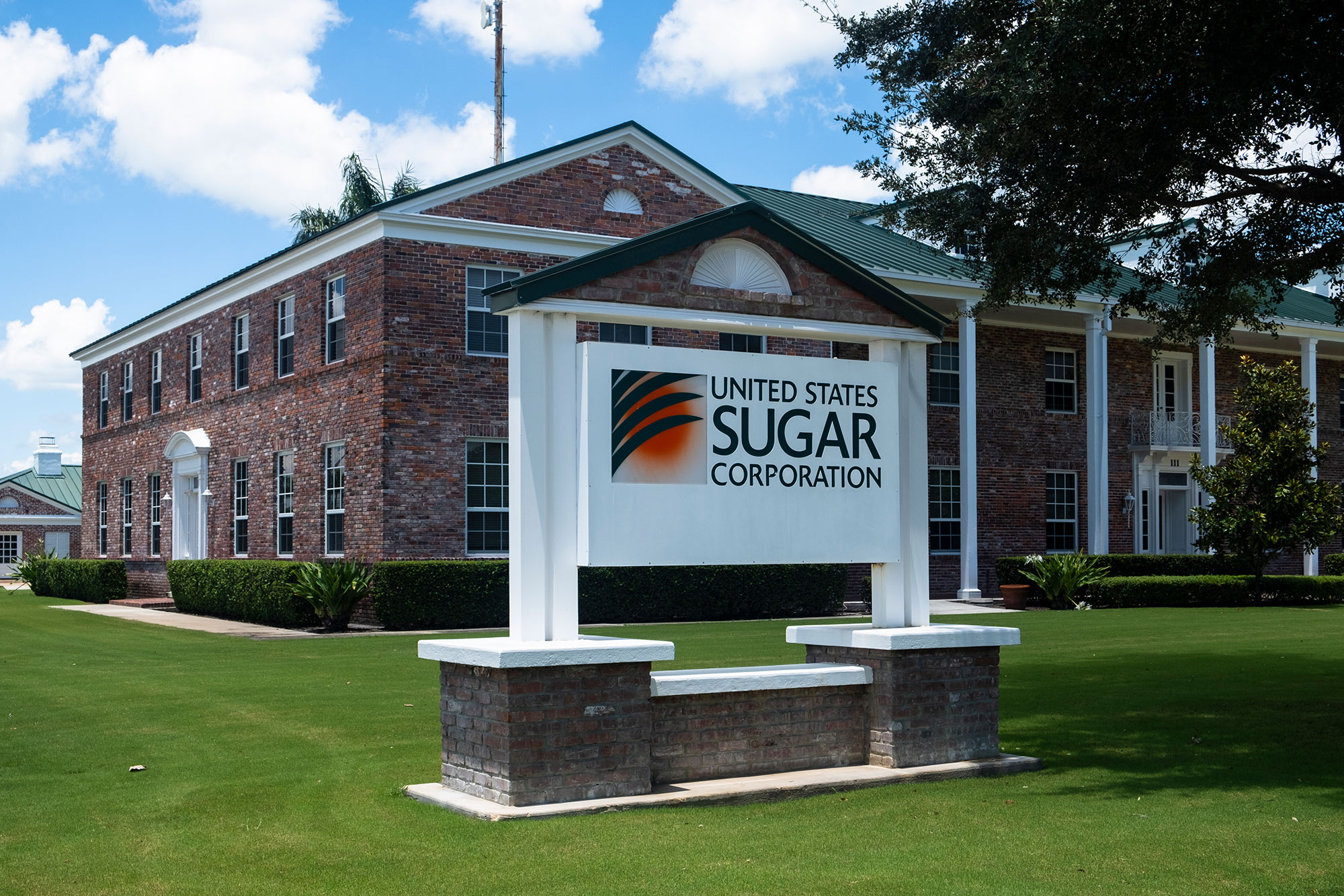 Local activists in the Glades have reported that their complaints filed to Florida government agencies have been referred to the sugar industry, including Clewiston-based U.S. Sugar.