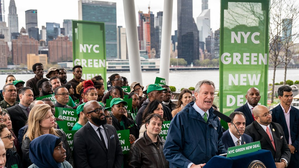 New York City Mayor Bill de Blasio speaks about the city's strategy to respond to climate change at Hunters Point South Park, April 22, 2019 in the Queens borough of New York City.
