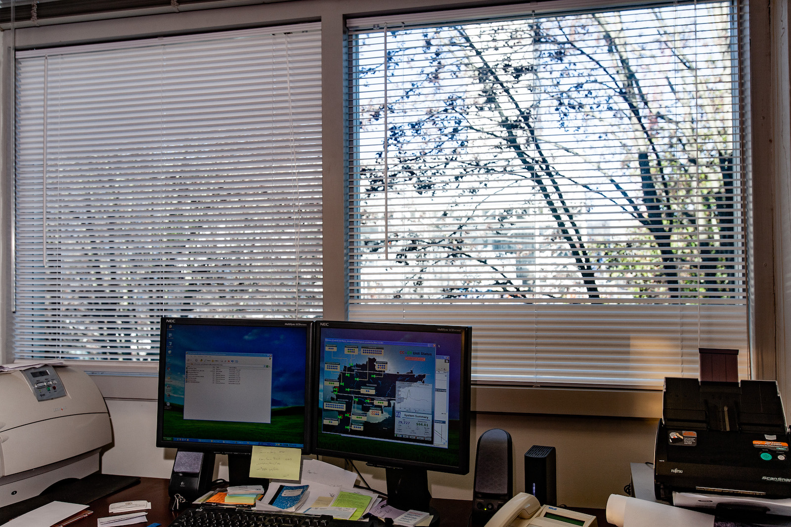 photo of an office space in TVA fossil fuel plant