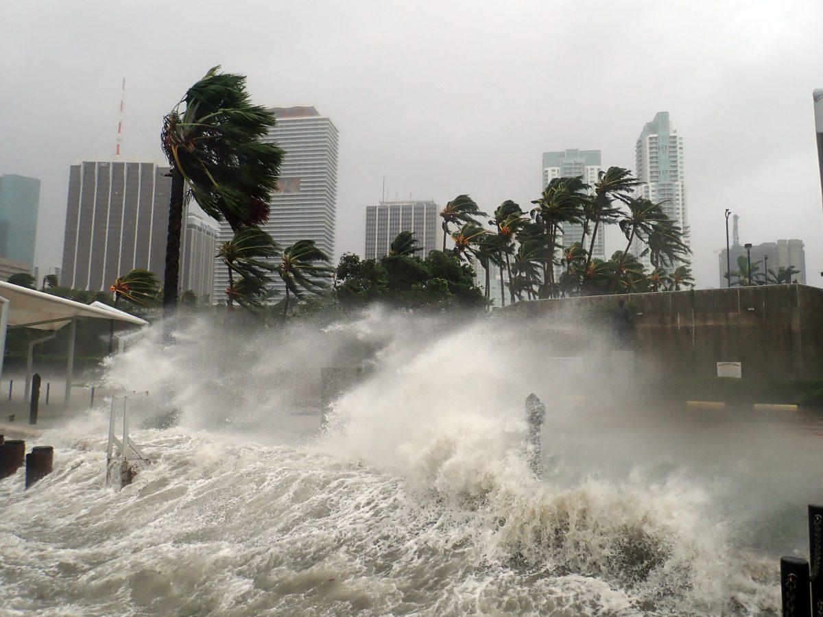 Hurricane Irma strikes the coast of Florida