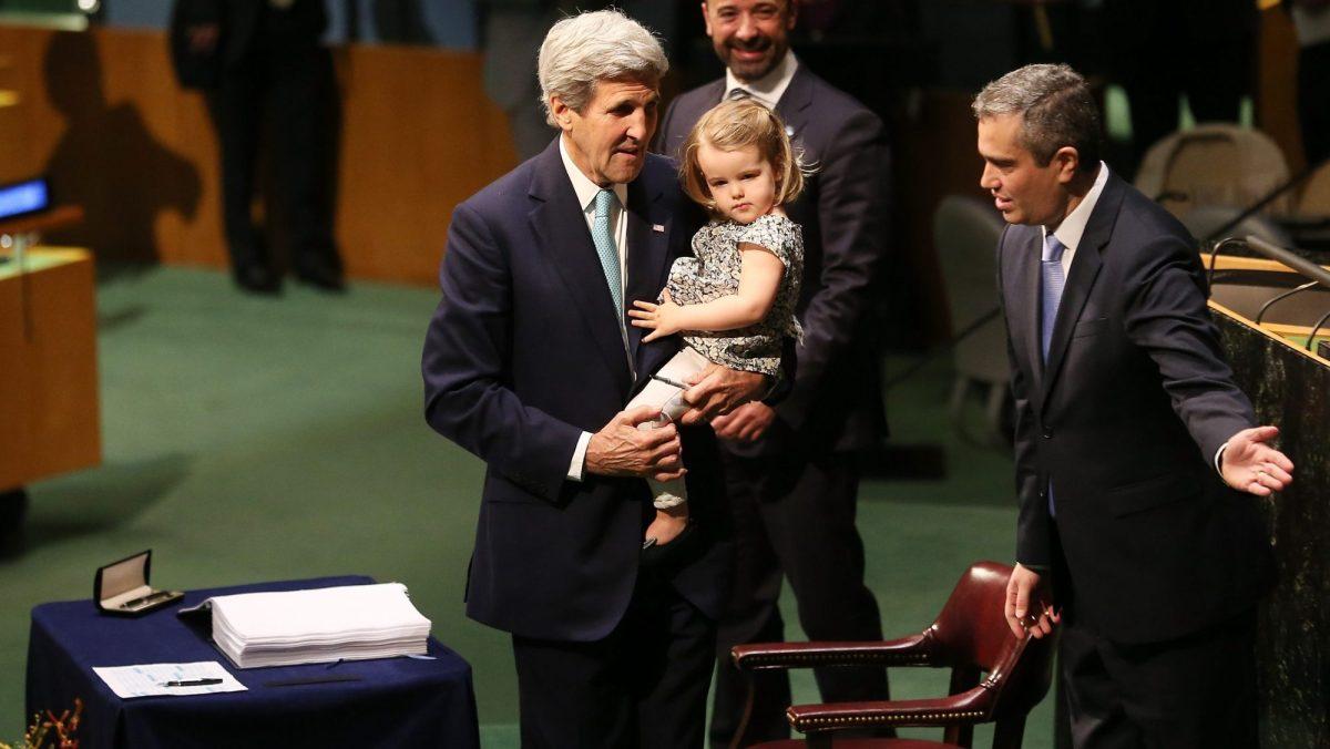 John Kerry Paris Agreement signing 2016