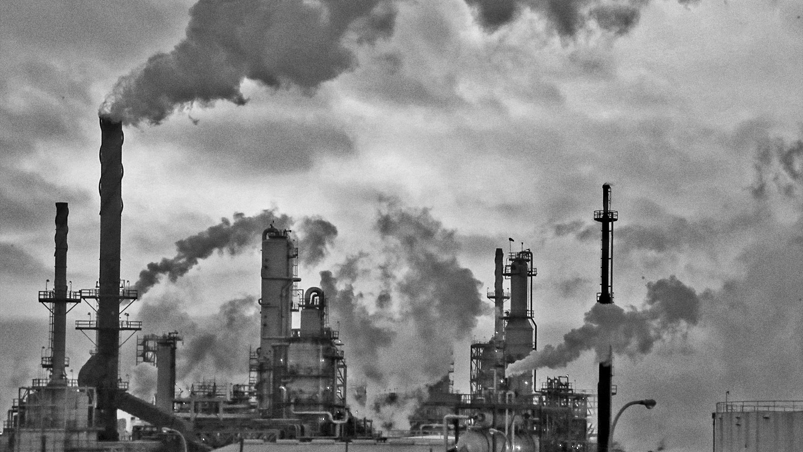 Black and white photo of an oil refinery