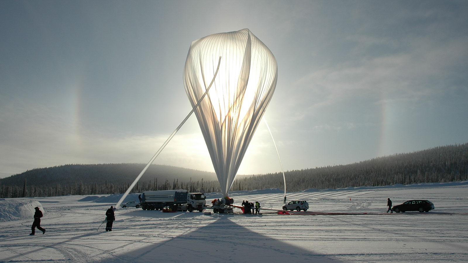 Balloon launch at Esrange Space Center, 2007.