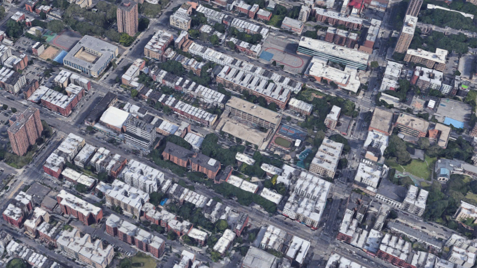 نمای هوایی سقف های سفید در برانکس جنوبی ، نیویورک