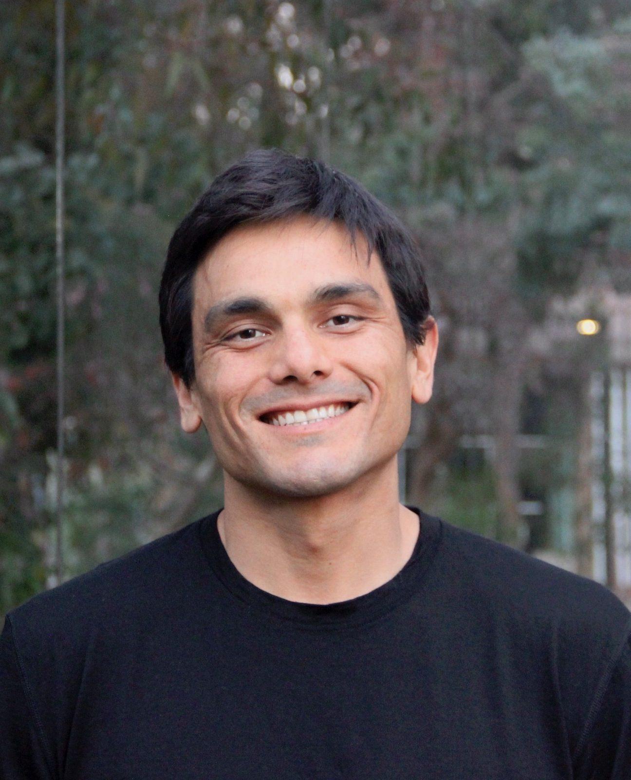 Mark Armao Headshot